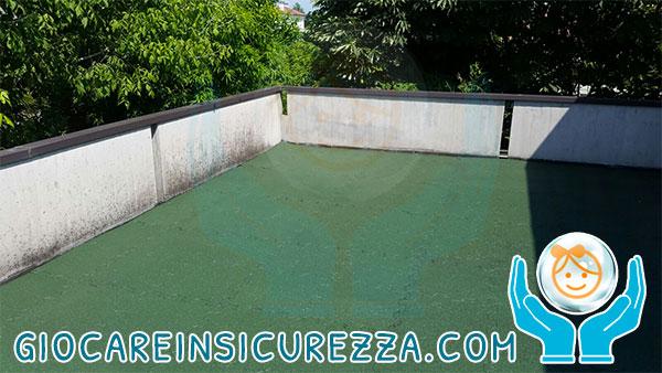 Pavimento esterno in gomma drenante colore verde scuro