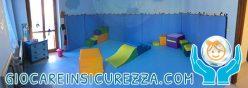 Foto panoramica di uno spazio gioco bimbi