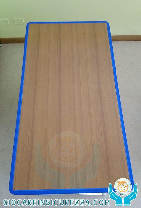 Bordo tavolo protetto da gomma morbida antiurto